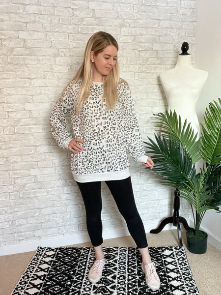 Heather Grey Cheetah Lounge Set Top