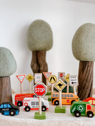 Car & Traffic Sign Set