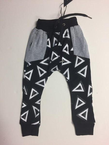 Triangle 3D Vision Street Trackies Black