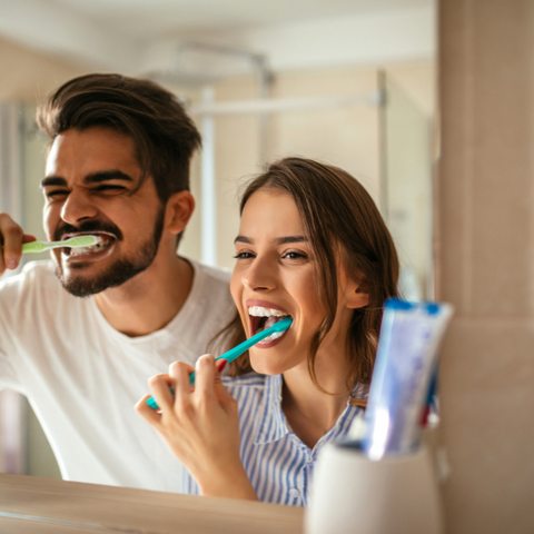 5 Reasons Why You Should Never Share Your Toothbrush