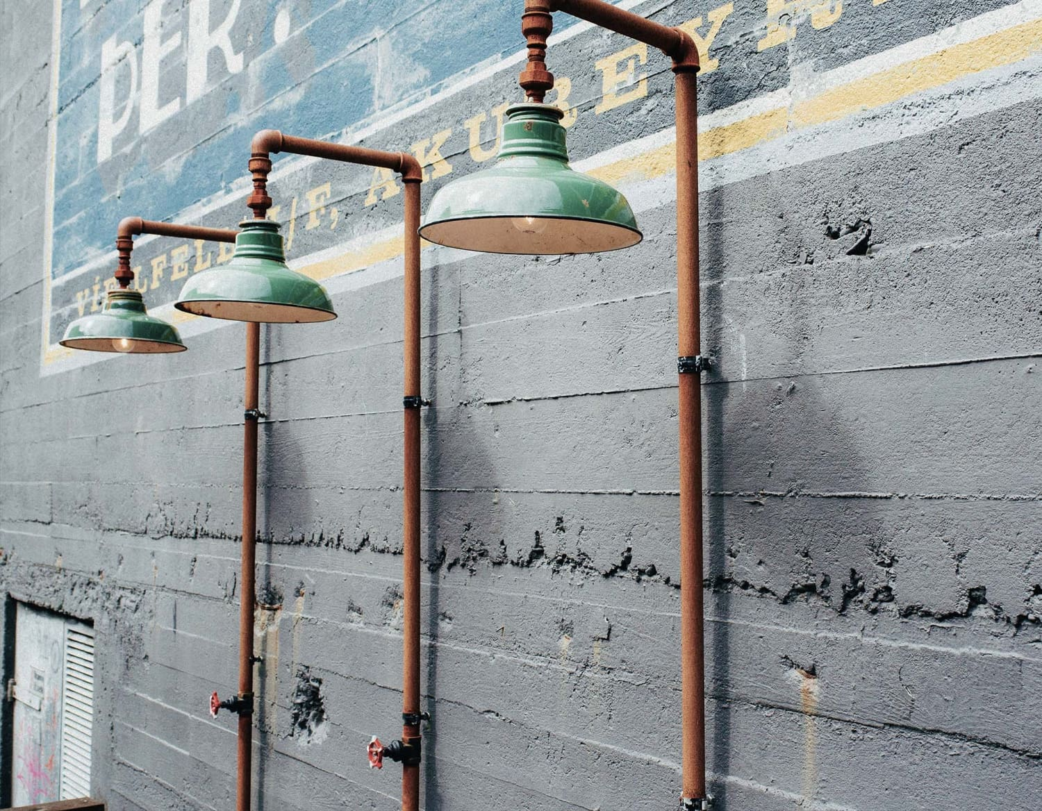 Top 5 dapper fashion-proof lighting fixtures that will always stay in vogue!