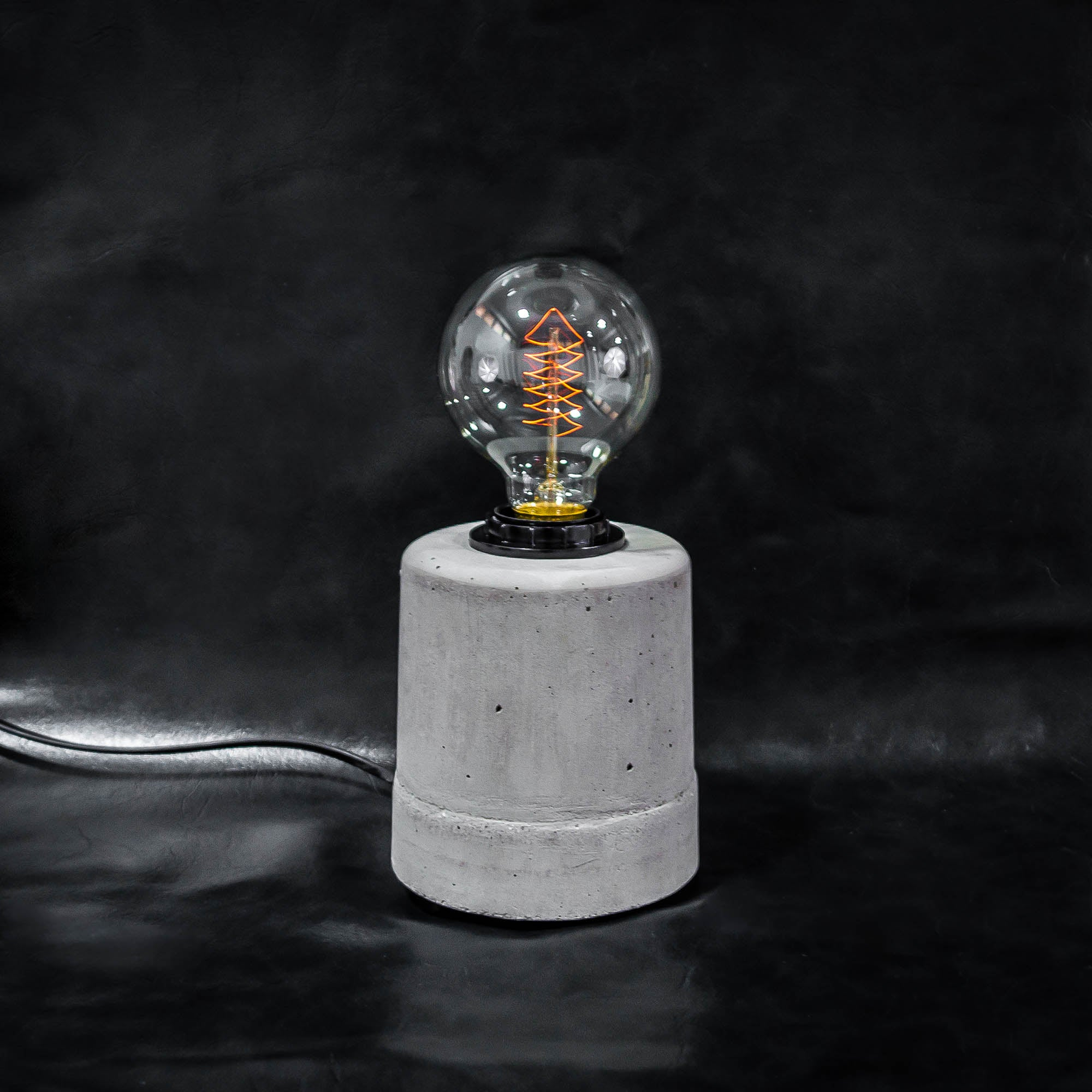 CDL110 Minimalist Californian Concrete Desk Lamp