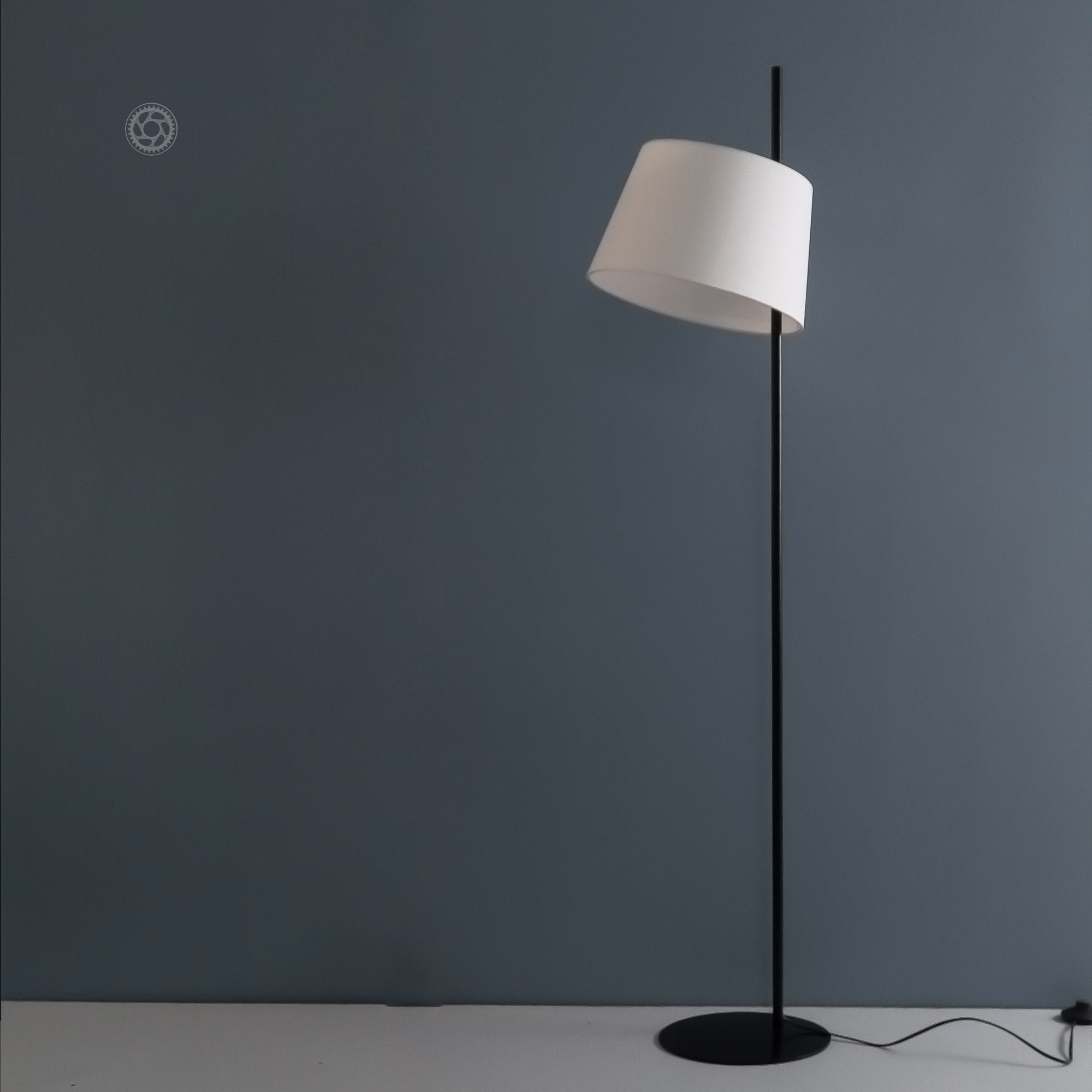Picture of: Lamps And Lighting Floor Lamps Online India Modern Contemporary