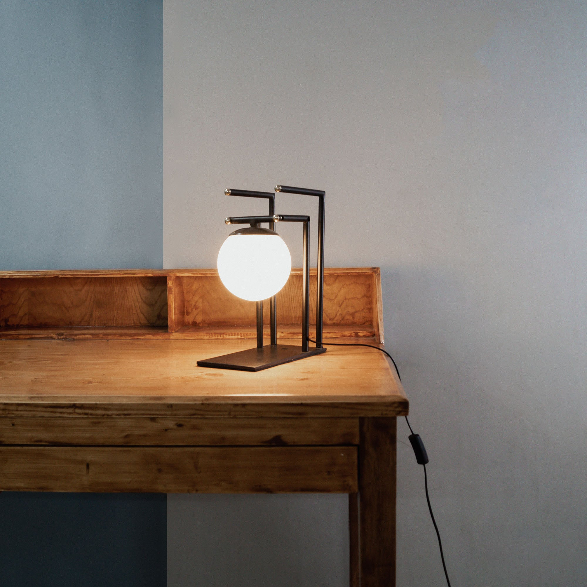 Buy designer table lamps stylish wooden table Design idea