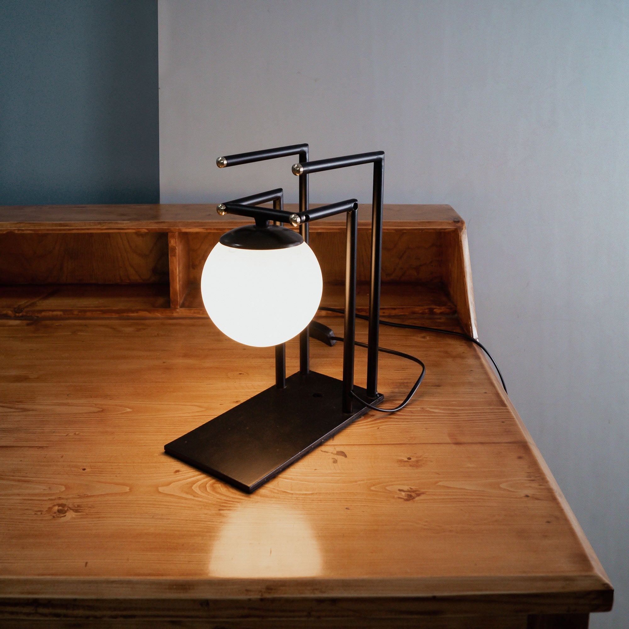 CDL108 Islington Industrial Chic table lamp