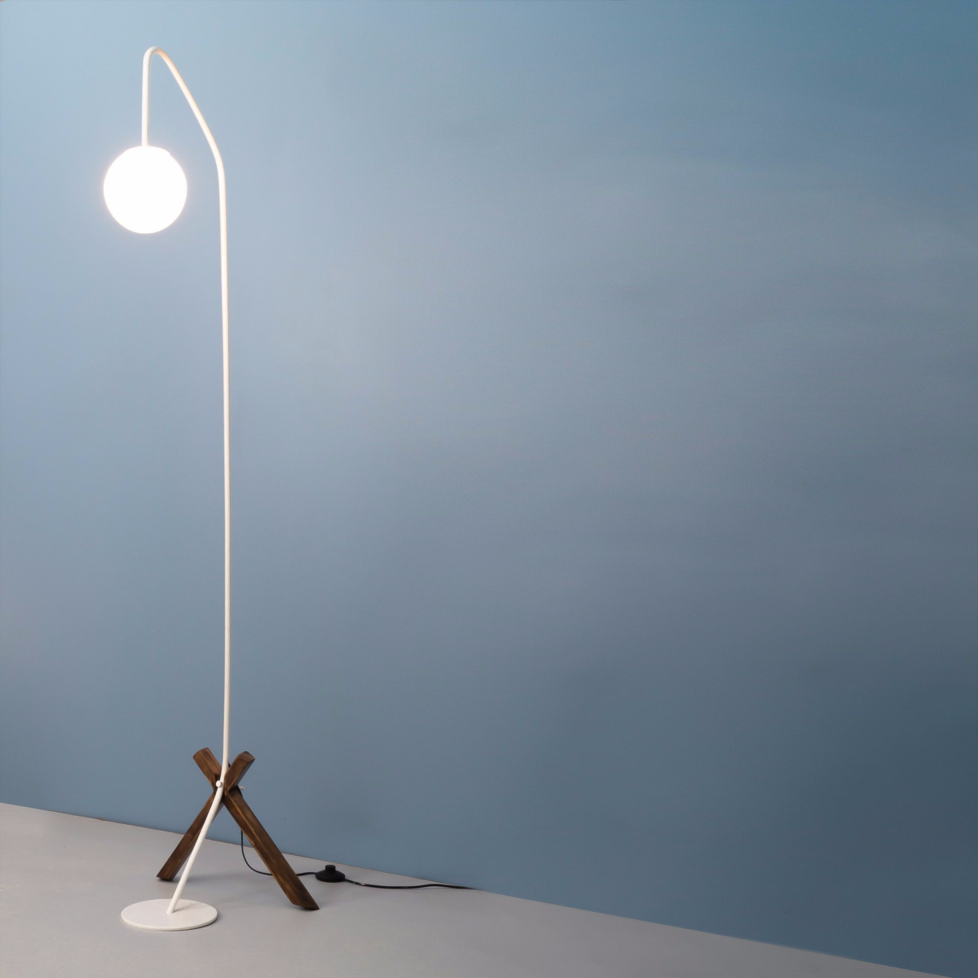 Lykke White Floor Lamp