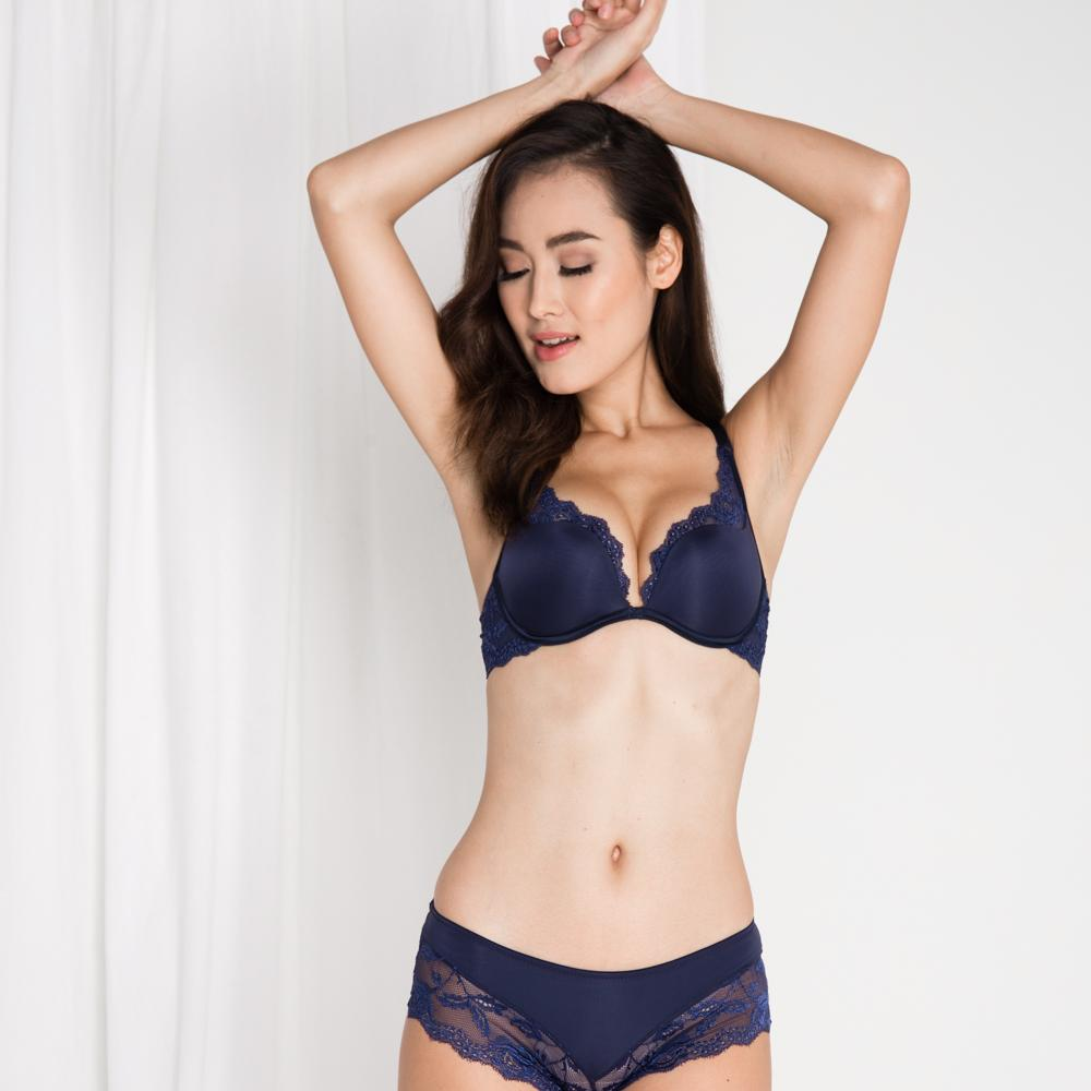 bc6fc46bdc  RESTOCKED  Carried Away Super Push Up Bra in Midnight Blue