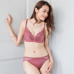 Comfort Satin Wireless Push Up T-Shirt Bra in Berry