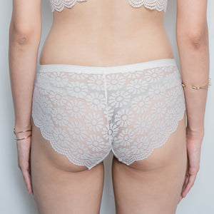 Flutter in Lace! Comfy Cheeky in Cream