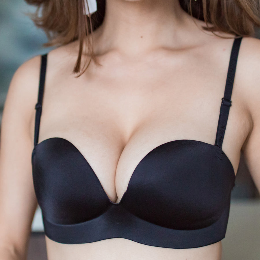 Perfect 2-Way Strapless Wireless Bra in Glossy Black