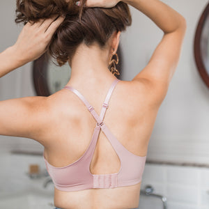 Ultimate Everyday Seamless Cross-Back Wireless Bra in Blush