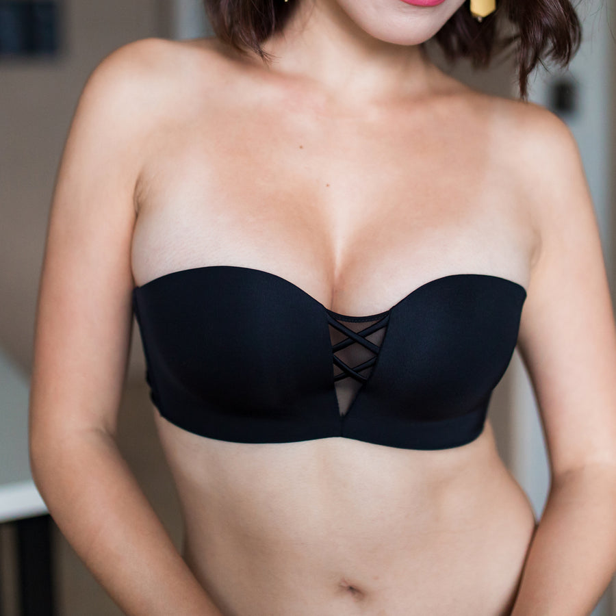 *RESTOCKED* V-Mesh 2-Way Strapless Push Up Wireless Bra in Black