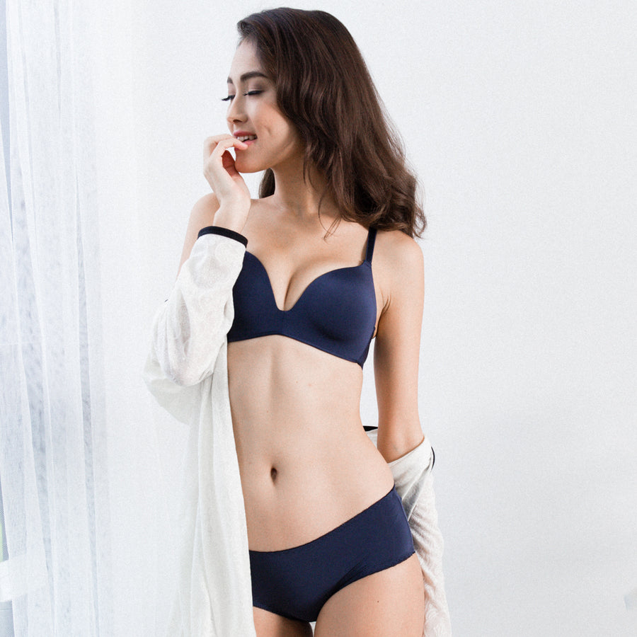 *RESTOCKED* Everyday Essentials Wireless Everyday T-Shirt Bra in Midnight Blue