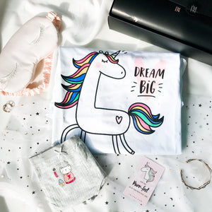 DREAM BIG UNICORN & KIMONO KITTY IN SHRINE BOYLEG CHEEKY GIFT SET (1 TEE + 1 CHEEKIE)