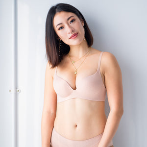 OOMPH! Velvet-Matte Teardrop 2-Way Wireless Push Up Bra in Muted Nude