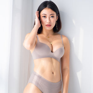 OOMPH! Velvet-Matte Teardrop 2-Way Wireless Push Up Bra in Grey