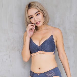Lavish in Lace Push Up Wireless Bra in Powder Blue