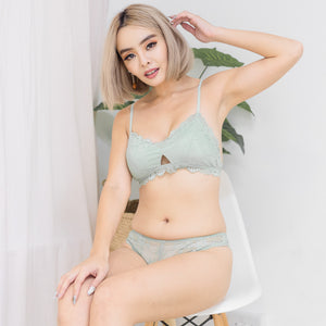 Blooming Love Lace Cheeky in Tiffany