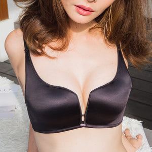 GLAMOROUS ULTRA SMOOTH WIRELESS PUSH UP BRA IN BLACK (Size S only)