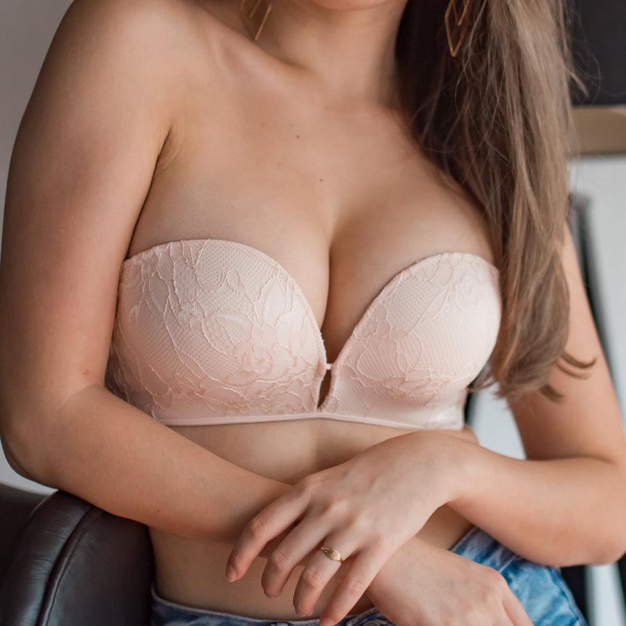 *RESTOCKED* Laced It Up! Non-Slip Strapless Push Up Bra in Luxe Pink