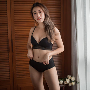 No-Wire Everyday Ultra Comfort Lace Trim Bra V3.0 in Black Beauty
