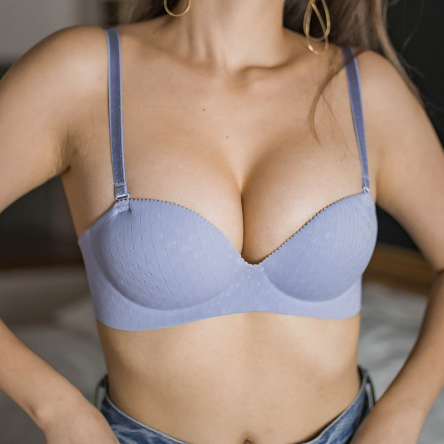 Oomph! Matte 2-Way Wireless Super Push Up Bra in Lavender