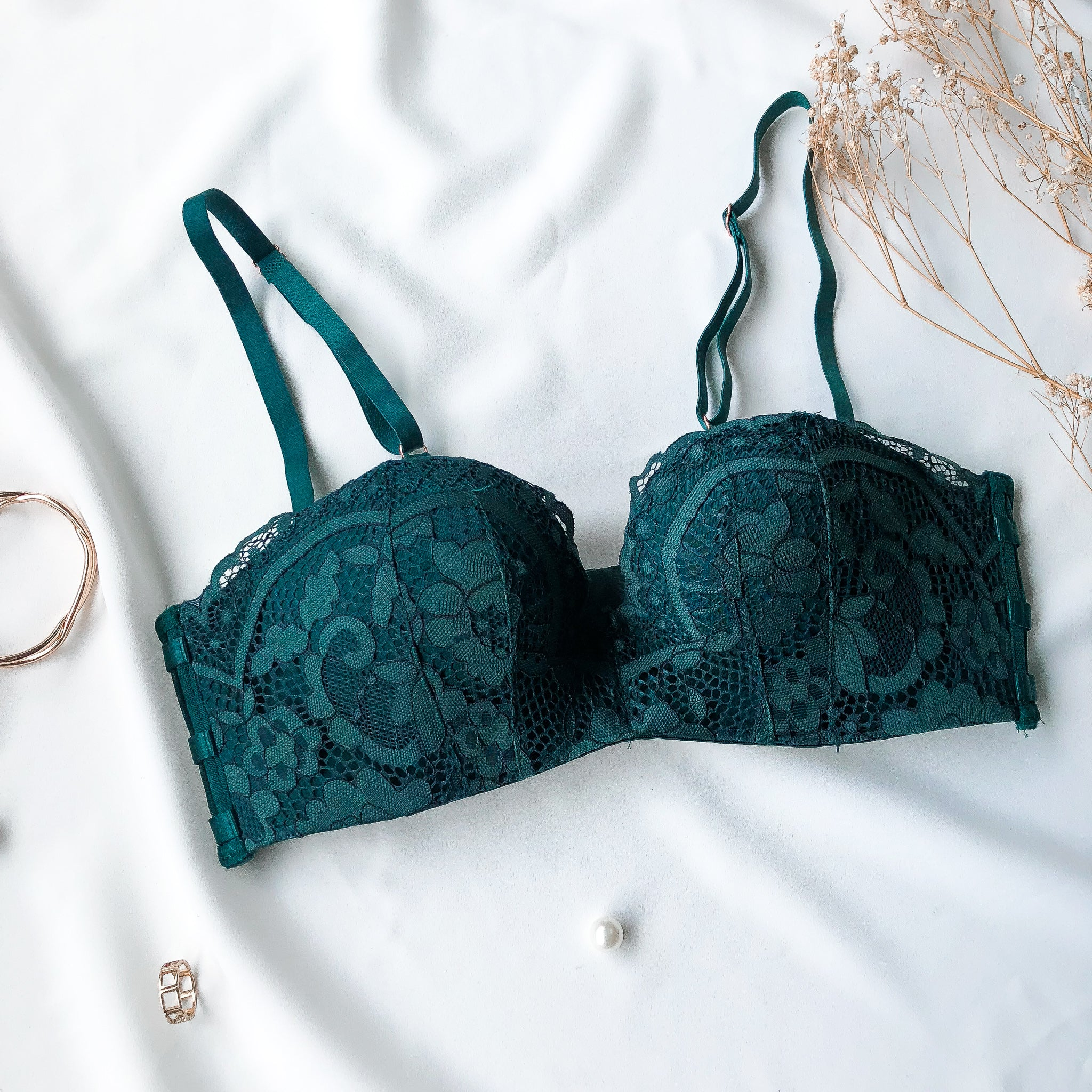 0c3a808314  RESTOCKED  Allure Beauty Wireless Super Push Up Bra in Emerald Green