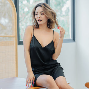 Ravishing Queen! Y-Back Nightgown in Black Beauty