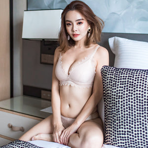 No-Wire Everyday Ultra Comfort Lacey T-Shirt Bra V3.0 in Nude