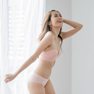 *RESTOCKED *4th Gen X 100% Non-Slip Wireless Strapless Bra in Pink
