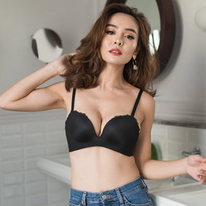 Everyday Contour Lacey Wireless Bra Push Up in Black