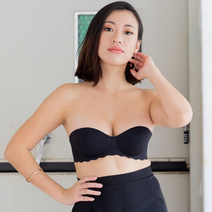 Ooom-pha-licous Scallop 2-Way Wireless Super Push Up Bra in Black