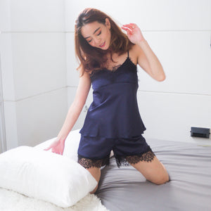 KISSABLE SLEEPWEAR SET IN SILKY MIDNIGHT BLUE