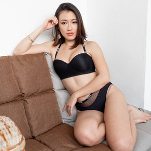 *RESTOCKED* LIVE FREE! Lightly-Lined 100% Non-Slip Strapless Wireless Bra in Black Polka