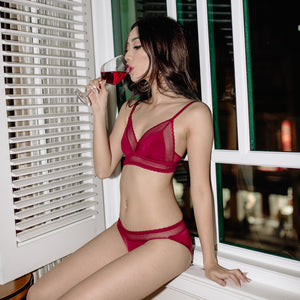 Bold & Sexy Bralette in Spicy Red