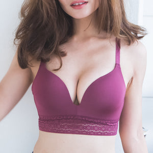 *RESTOCKED* No-Wire Everyday Ultra Comfort Lace Trim T-Shirt Bra V2.0 in Berry Cherry