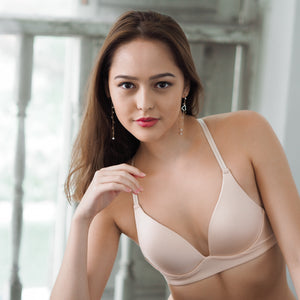 Everyday Duo Wireless Deep-Plunge T-Shirt Bra in Nude