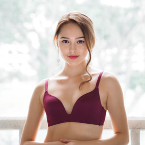 Everyday Carefree Wireless T-Shirt Bra in Berry Cherry