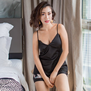 Sleep Queen! Slumberwear Set in Black Beauty
