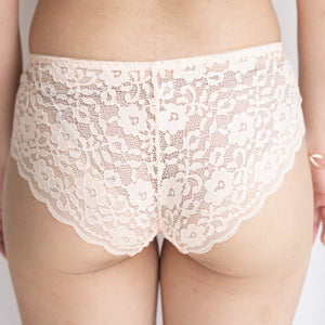 Irresistibly Cosy Cheeky in Nude