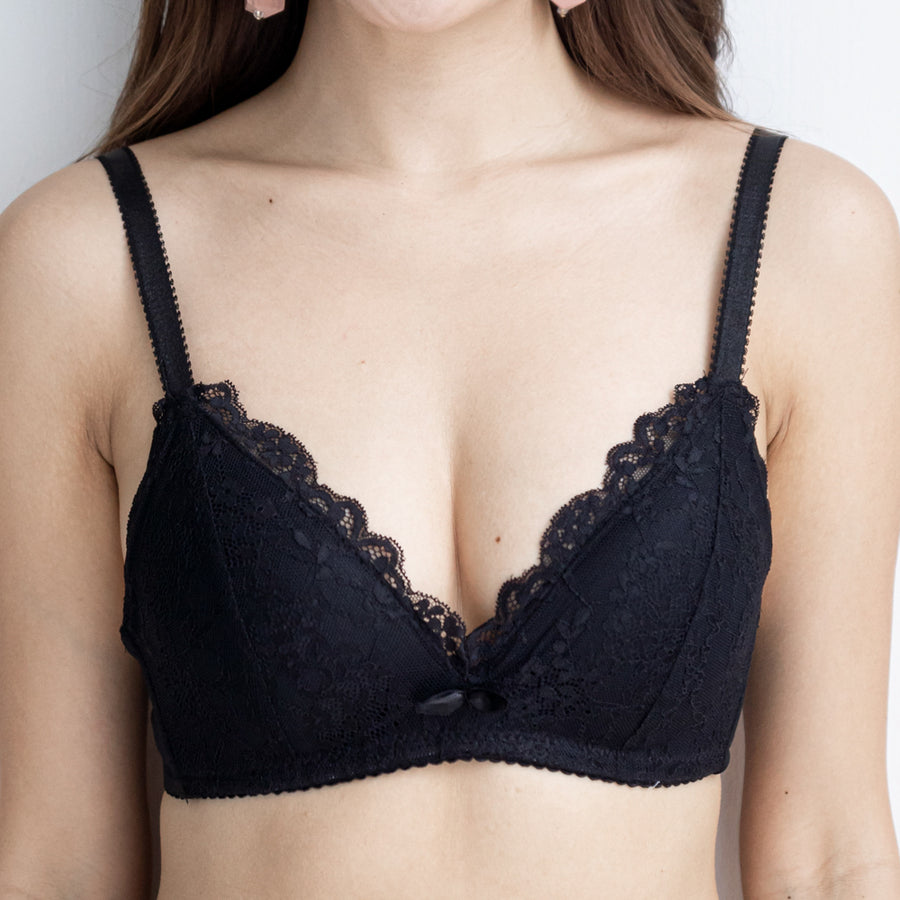 Redefined Comfort Lacey Wireless Bra in Black
