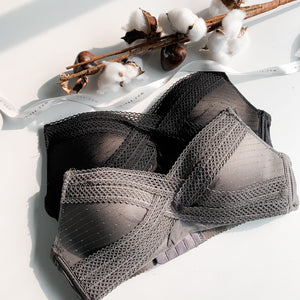 Irresistibly Comfy Lightly-Lined Soft Wireless Bra in Grey