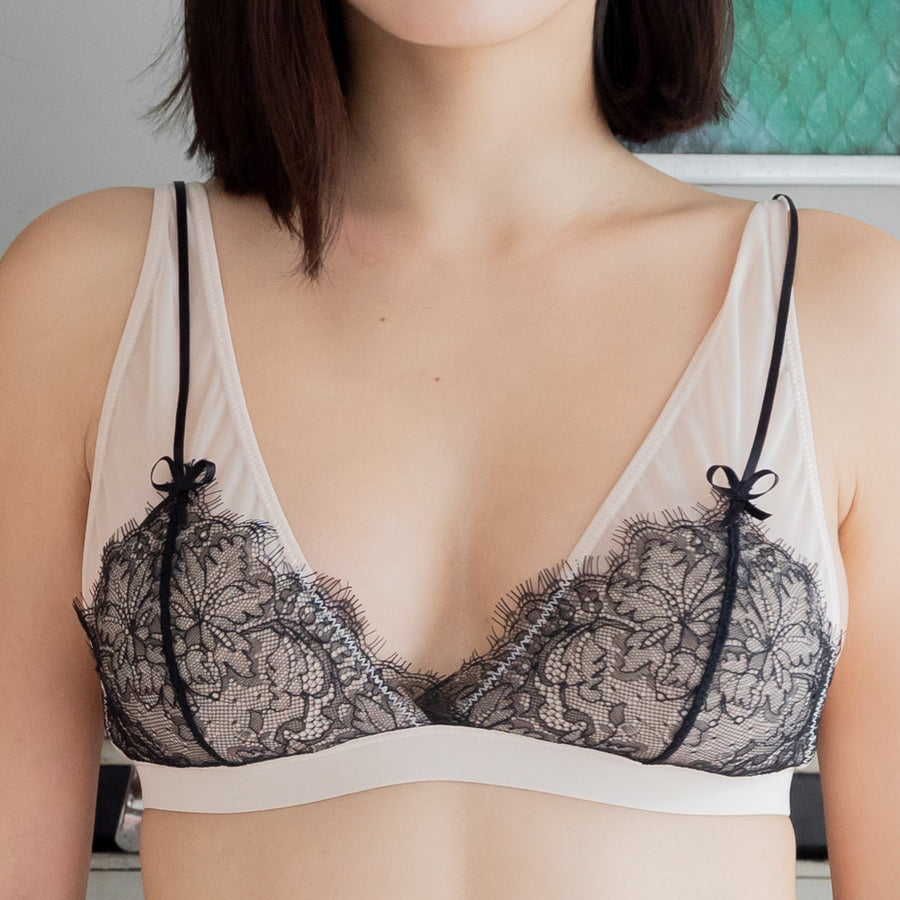 Blossom Sweetheart Bralette in Black