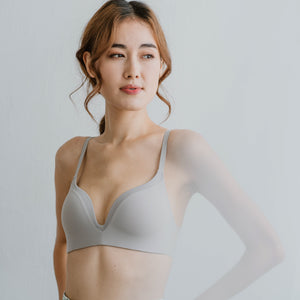 Everyday Comfort Seamless Wireless T-Shirt Bra in Ash