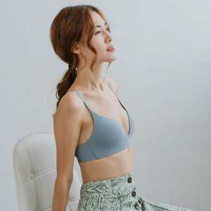 Everyday Comfort Seamless Wireless T-Shirt Bra in Blue