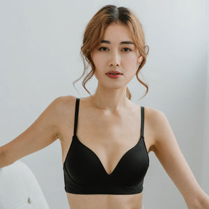 Everyday Carefree Midi Wireless T-Shirt Bra in Black