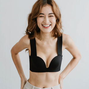 Seamless Lace-frills Wireless Bra in Black