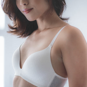 Everyday Carefree Wireless Everyday T-Shirt Bra (White)