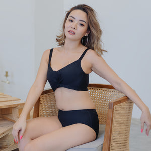 Ultra Supportive Push Up Wireless Bra in Black