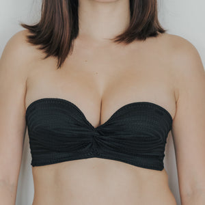 Twisted Knot! Non-Slip Strapless Push Up Bra in Black